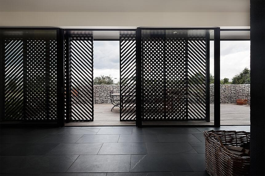 Anthony's Shoot for Trentham House (MRTN Architects) was published in The Age, 2015