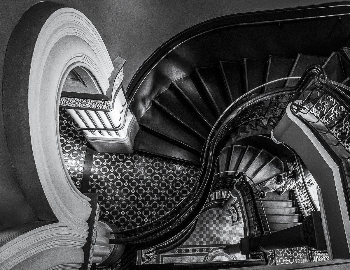Susan_Brunialti_Escherian_Stairwell